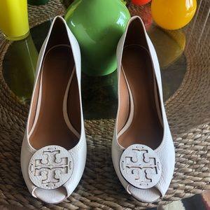 Shoes - Tory Burch Open Toe Platform Heel